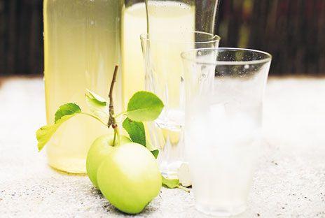 Kokt äppelsaft med kanel | Recept från Köket.se