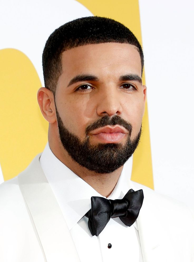 Everyone Is Crying Happy Tears Over Drake's New Music Video http://r29.co/2o29aiw