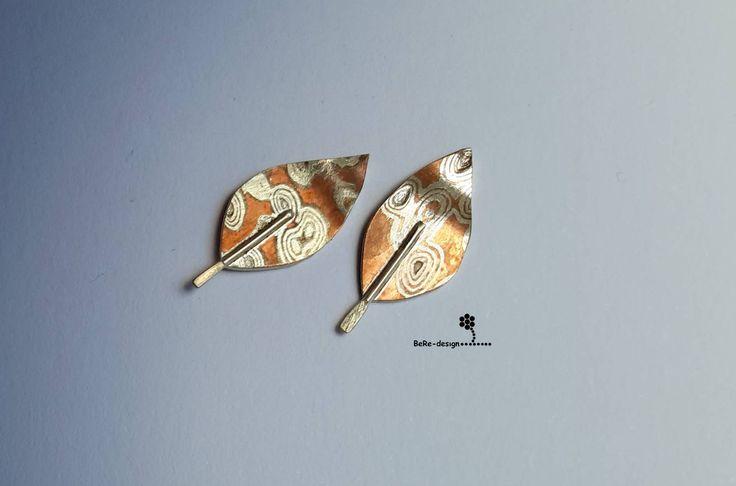 Leaf shaped ear pins. Hand made. Mokume-Gane (silver & copper)