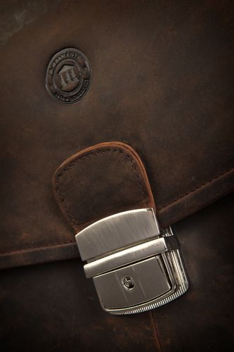 "Up close with the Hunter Brown leather briefcase for Laptops & MacBooks up to 14"". Price: $220. More information: www.dbramante1928.com"