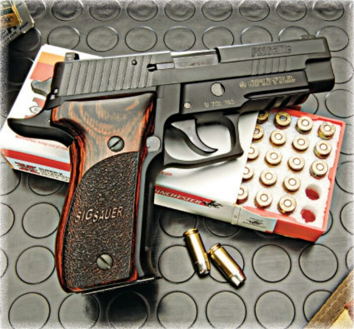 Baby 1911 the SigSauer. | Fire Sticks | Pinterest | Enamorado, Armas y Bebé
