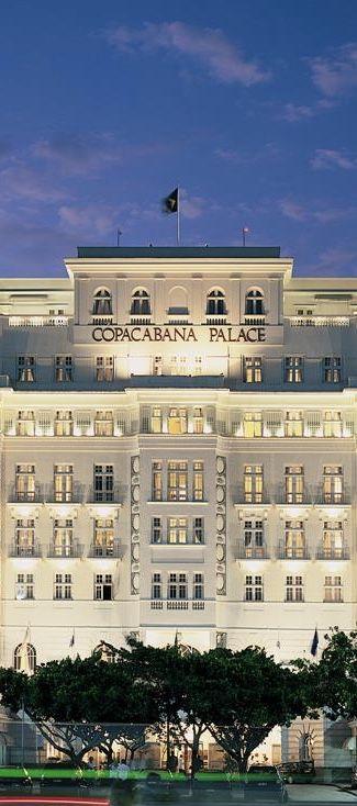 BELMOND COPACABANA PALACE-Localizado em frente a Praia de Copacabana/O Belmond Copacabana Palace oferece duas categorias diferentes de acomodações,entre vista da cidade ou vista p/ o mar/Conta com Piscina/Quadra de Tenis/Servico de praia/Fitness center/Boutique/RESTAURANTE HOTEL CIPRIANI,premiado,pratos da culinária do norte da Itália/MEE,estrela do Guia Michelin/COPACABANA PIANO BAR/RESTAURANTE PÉRGULA/SPA/Aerop. Santos Dumont(SDU)13KM-Aerop. Galeao(GIG)32Km (TRAVELLER MADE)…