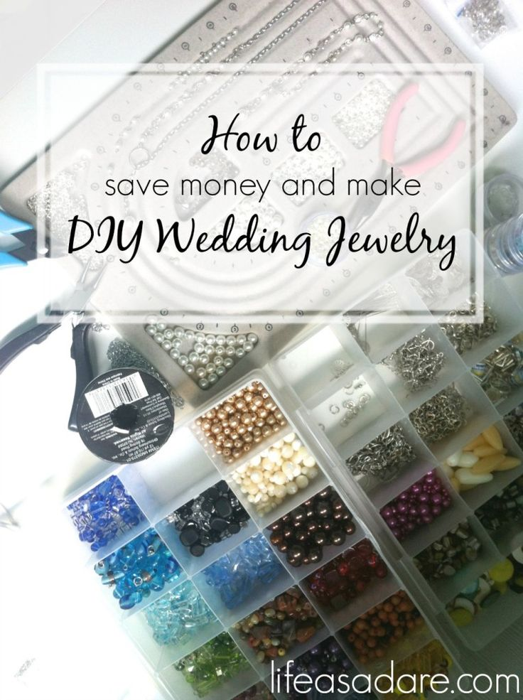 Making DIY wedding jewelry for your bridesmaids is easy and fun! See how one blogger did it at lifeasadare.com