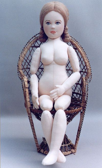 Country Comfort Cloth Doll Pattern by Kezi. A well proportioned body. Anatomically it looks right