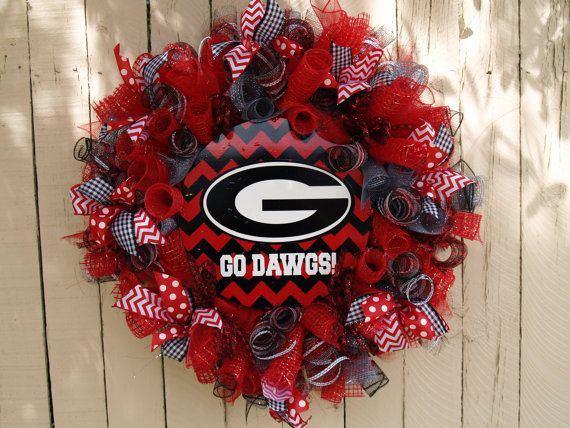 Cool Georgia Bulldog Chevron Print Deco Mesh Wreath!  They can make custom wreaths for any team!