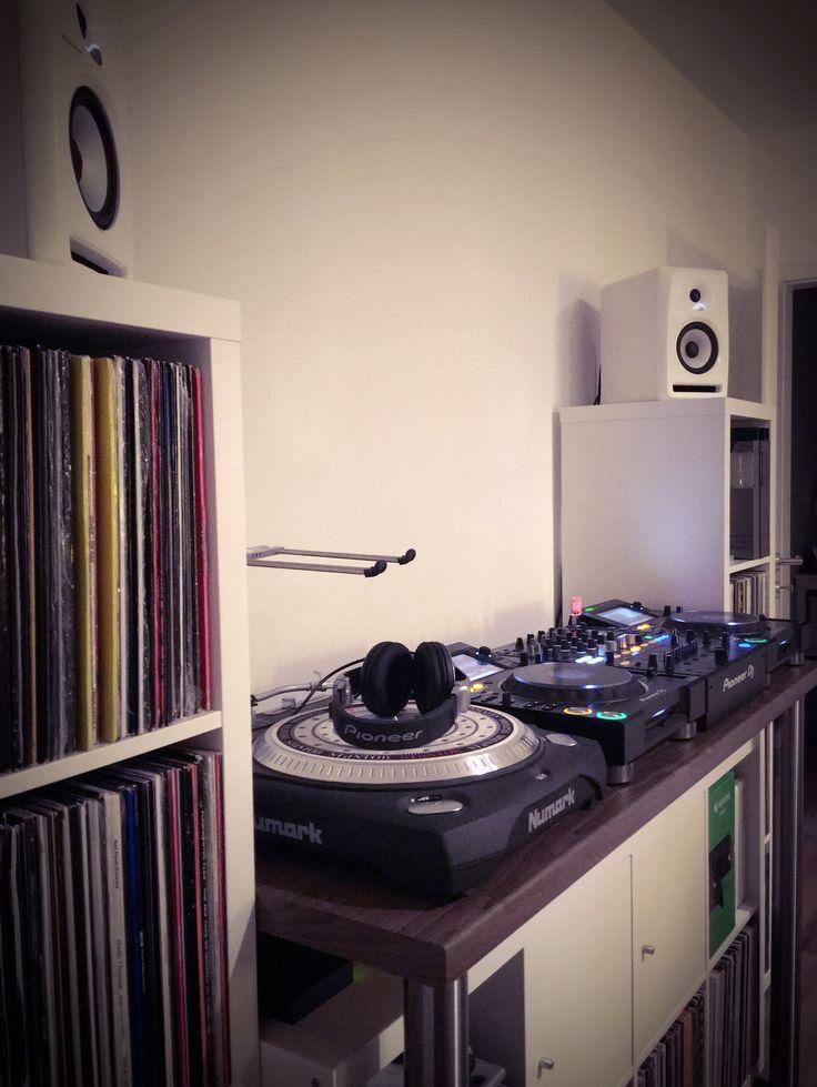 DJ Pult - Pioneer DJ #selfmade #diy #ikea #DJ #Schallplatten #pioneer