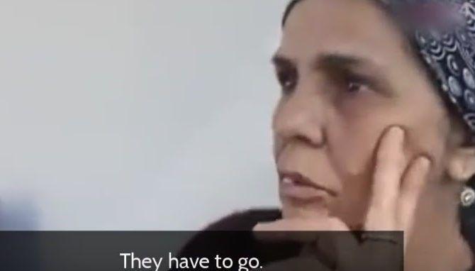 Γιατί να τους δώσουν επιδόματα πρόνοιας, διαμερίσματα και οφέλη δωρεάν ;«Απελάστε τους αμέσως!» Μετανάστες στην Γερμανία είναι πυρ και μανία με τους «πρόσφυγες» και την κυβέρνηση και ψηφίζουν εθνικιστές! (video)