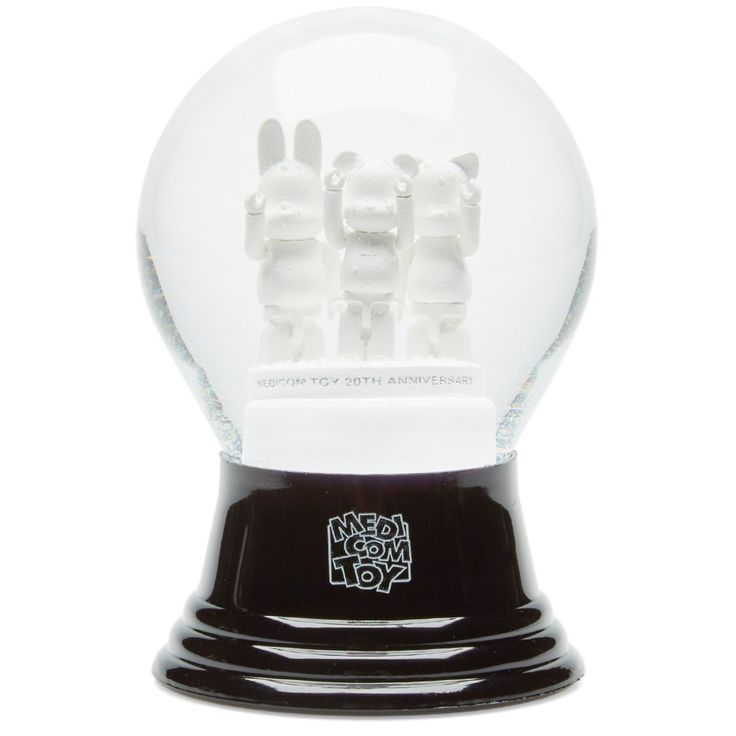 Medicom Be@rbrick 20th Anniversary Snow Globe (Black & White)