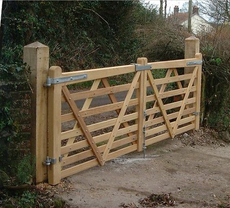 Bespoke 5 Bar Hardwood Pair Of Somerset Gates Garden In
