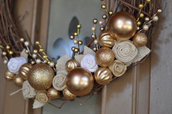 18in Outdoor Christmas Decor Wreath by MyCraftObsession on Etsy, $36.00