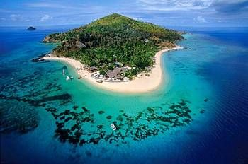 Castaway Island, Fiji - If you looking for a place where mom, dad, and kids get a true vacation then this is your place !