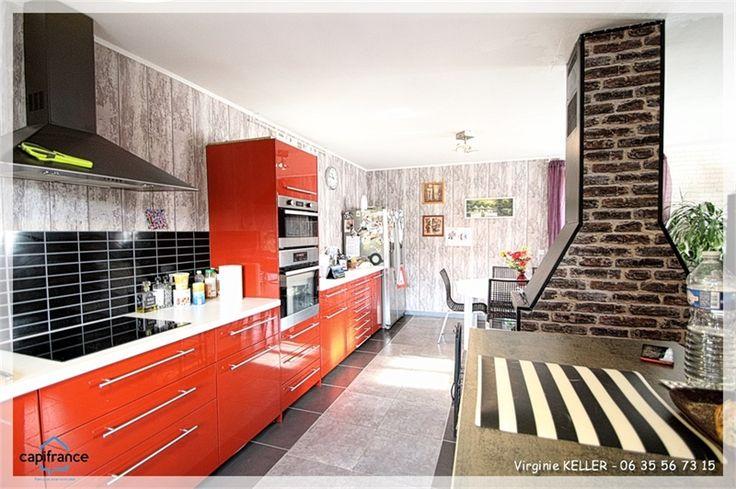 Maison individuelle de 78 m² à vendre chez Capifrance à Saverne dans le Bas-Rhin.    Idéale pour jeune couple et petite famille, elle offre de belles possibilités d'agrandissement.    Plus d'infos > Virgine Keller, conseillère immobilier Capifrance.