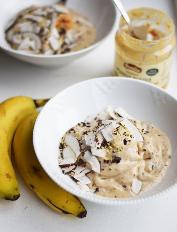 Opskrift Chunky Monkey smoothie bowl