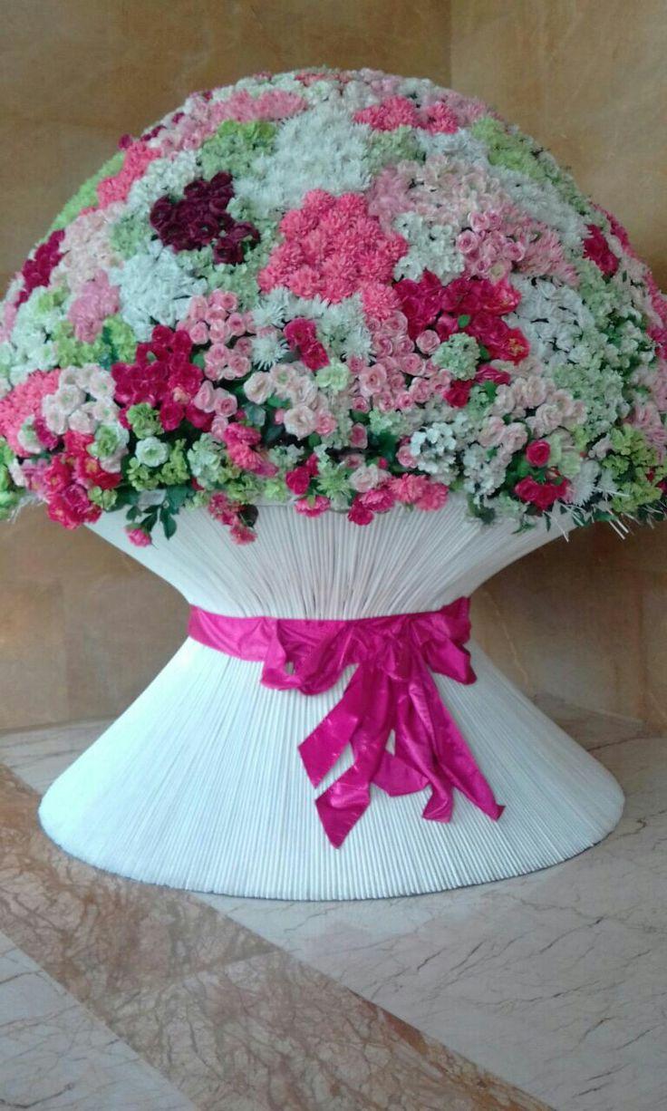 what a big bouquet !!