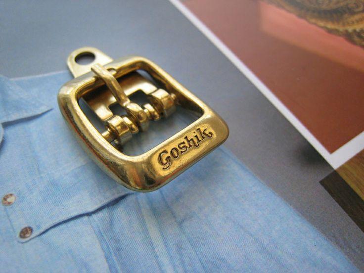 Accesorios diseñados y fabricados por Apholos. // Accesories designed and crafted by Apholos. www.apholos.com