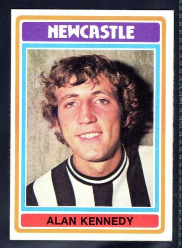 TOPPS FOOTBALLERS-BLUE-1976-ALAN KENNEDY-NEWCASTLE UNITED No.123