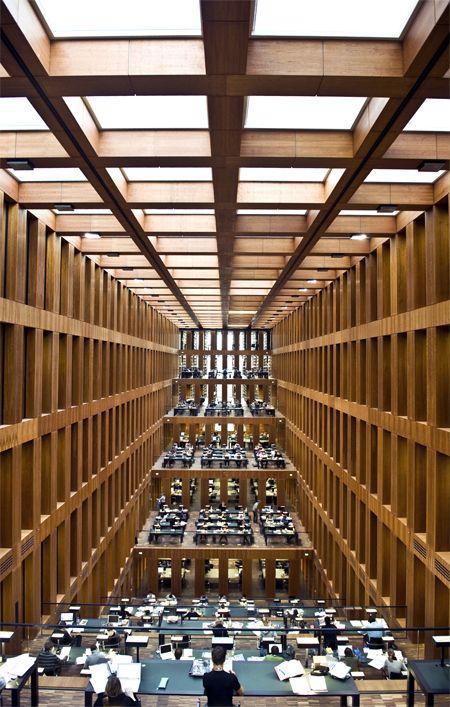 die besten 25 bibliothek ideen auf pinterest bibliothek zu hause traum bibliothek und b chereien. Black Bedroom Furniture Sets. Home Design Ideas
