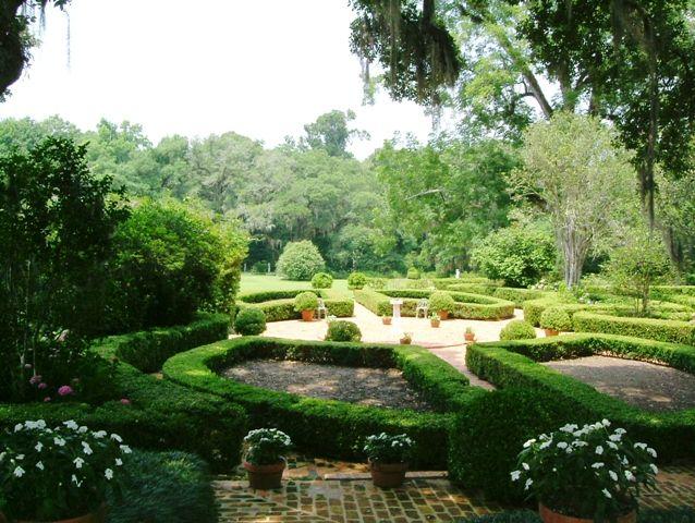 Historical Southern Antebellum Plantations Afton Villa ...
