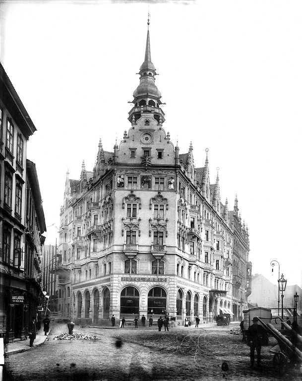 Hotel Paris Prague - History