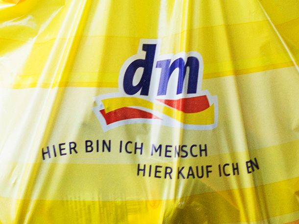 Drogeriegmarkt Dm Warnt Vor Produkt Tester App!
