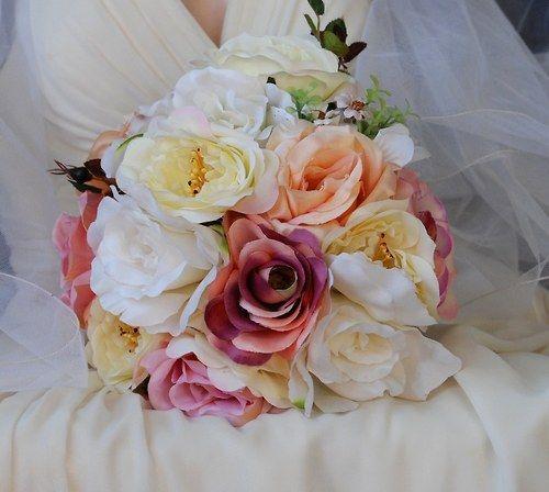 Shabby chic roses svatební kytice  + korsáž