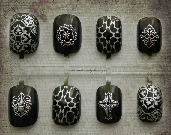 Lafayette | Gothic Vampire Press On Nails | Short Fake Nails | Vampire Fashion | Burgundy Purple False Nails