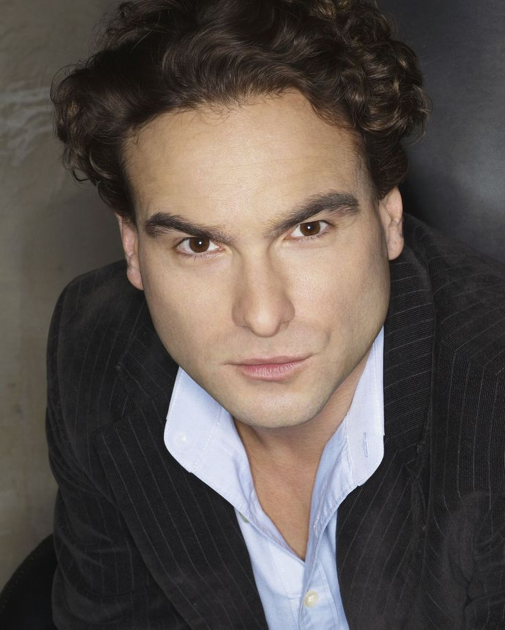 "The Big Bang S2 Johnny Galecki as ""Leonard Hofstadter"""