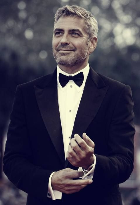 George Clooney!! Hot!