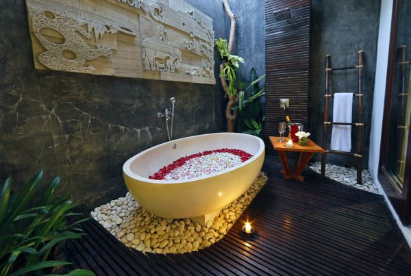 9. Pool Villa Bath