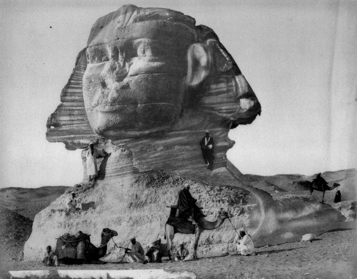COLLECTIE TROPENMUSEUM De Sfinx bij de piramides van Gizeh TMnr 60022551 - Velká sfinga v Gíze – Wikipedie