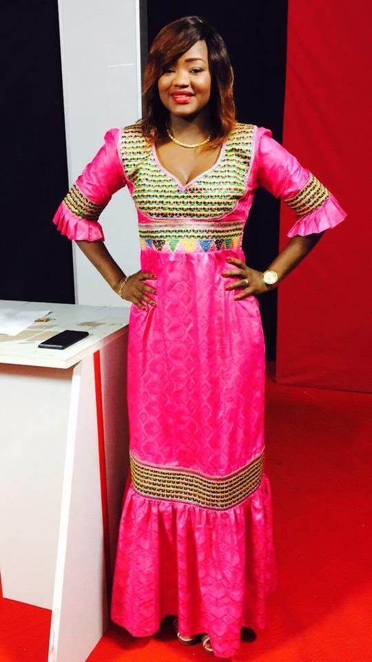 les 25 meilleures id es de la cat gorie mode senegalaise sur pinterest robe senegalaise. Black Bedroom Furniture Sets. Home Design Ideas