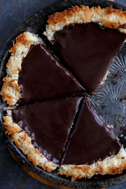 Gluten free no bake pie made with coconut crust and 2 ingredient chocolate pie filling.