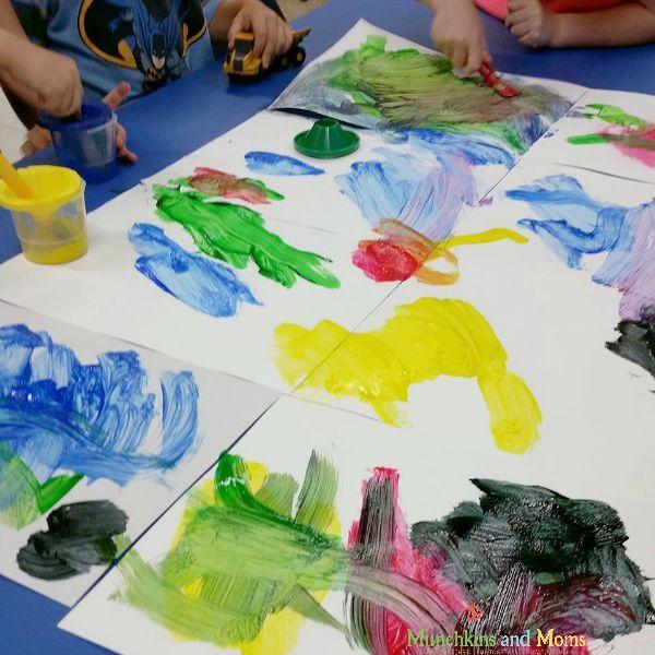 Cooperative friendship art for preschoolers!