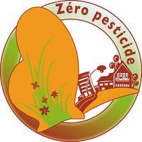 """""""Objectif 0 pesticide"""" a été réalisée par Sologne Nature Environnement (SNE), Loiret Nature Environnement (LNE) et la Fédération Régionale de Défense contre les Organismes Nuisibles (FREDON). 1) communication vers le grand public envers l'intérêt des herbes spontanées et valoriser la démarche de la commune. 2) formation des agents techniques aux pratiques alternatives, aux dangers des pesticides, à l'élaboration d'un plan de réduction de l'usage des pesticides. 3) sensibilisation des…"""
