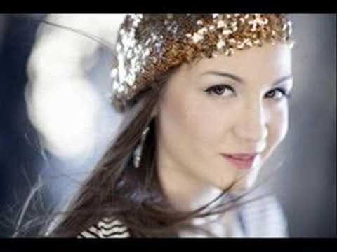▶ Jelena Tomasevic - Oro - YouTube