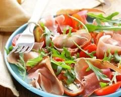 Salade basquaise au jambon cru (facile, rapide) - Une recette CuisineAZ