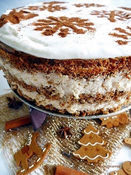 Kakukkfű: Mézeskalácsos-fahéjas tiramisu torta cukor nélkül
