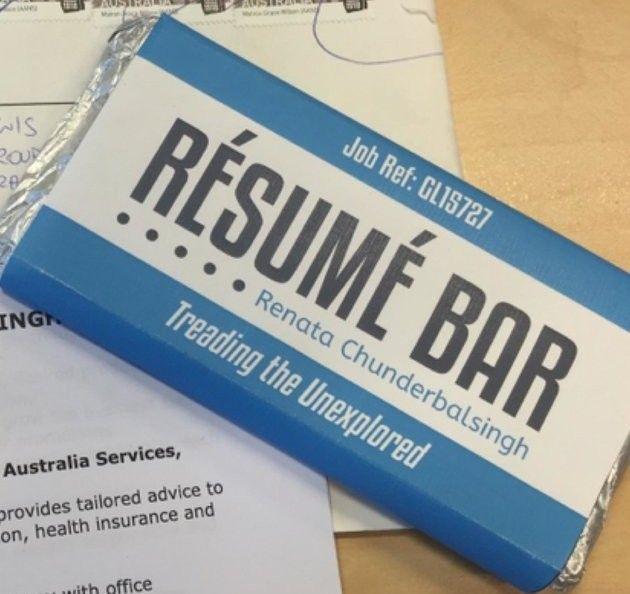 Currículo numa barra de chocolate. Fotografia: D.R.
