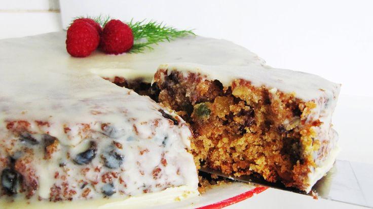 How to make a Basic Fruit Cake : Easy Recipe