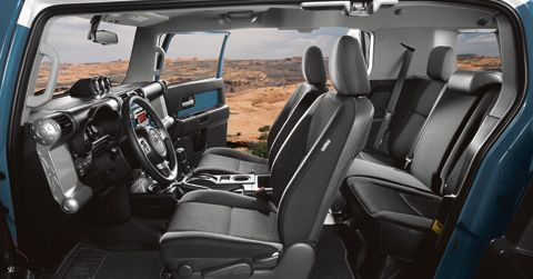 Toyota FJ Cruiser Interior & Exterior Photos