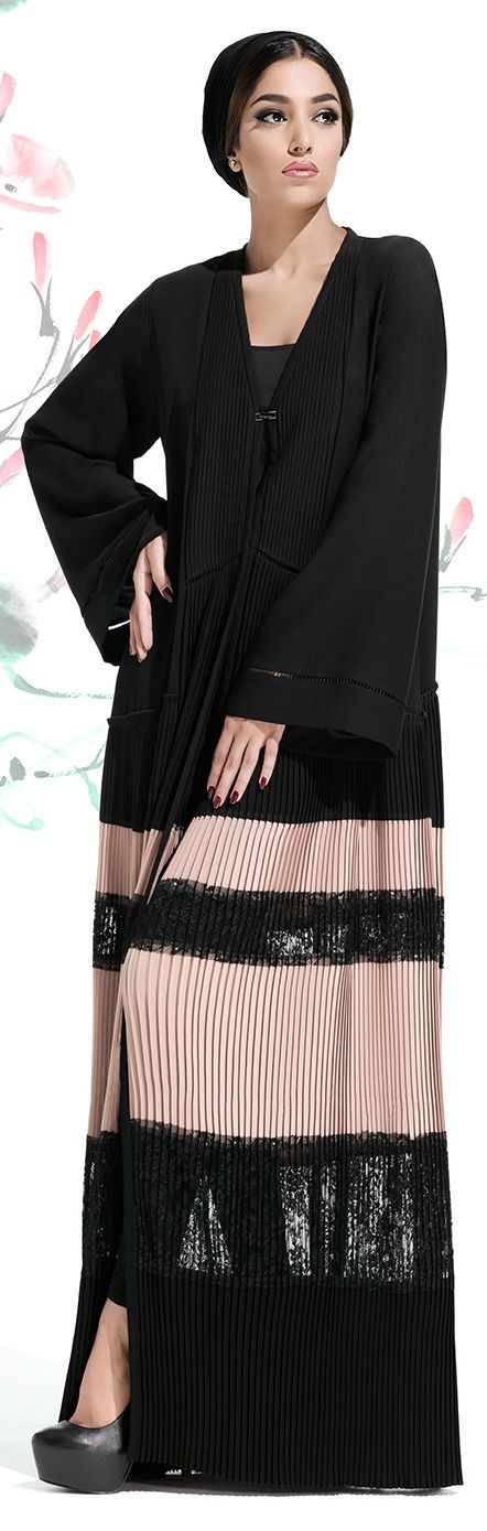 Mauzan Fall Winter 2015/16 Pleated Design with Laces