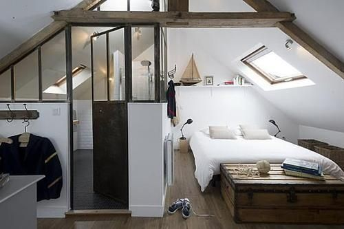 Nice way to combine bed- and bathroom