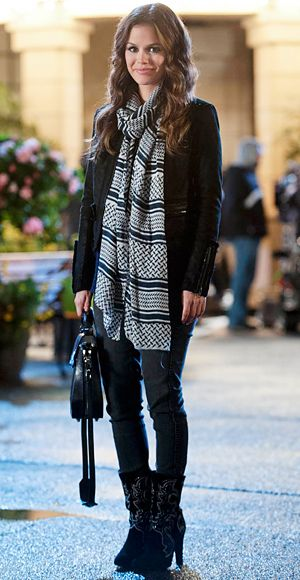 Veda jacket, Sea NY blouse, Bleulab skinny jeans, Zara boots, and carries an Alexander Wang bag.
