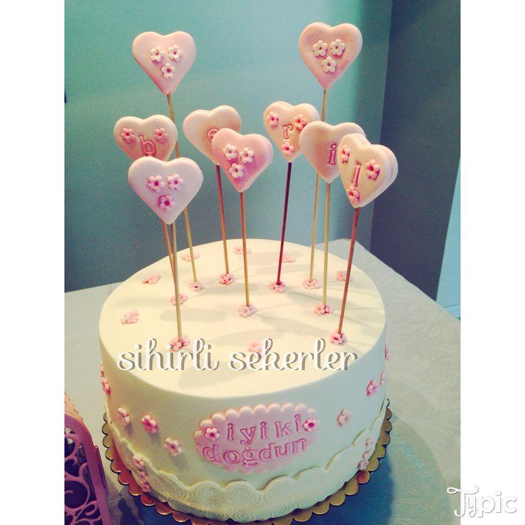#happybirthday #birthdaycakes #fondantcakes #sugarart iyikidogdun