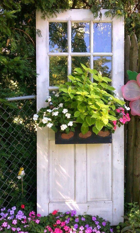 CASA MIDDAS: Reaproveite portas velhas e recicladas na sua decoração