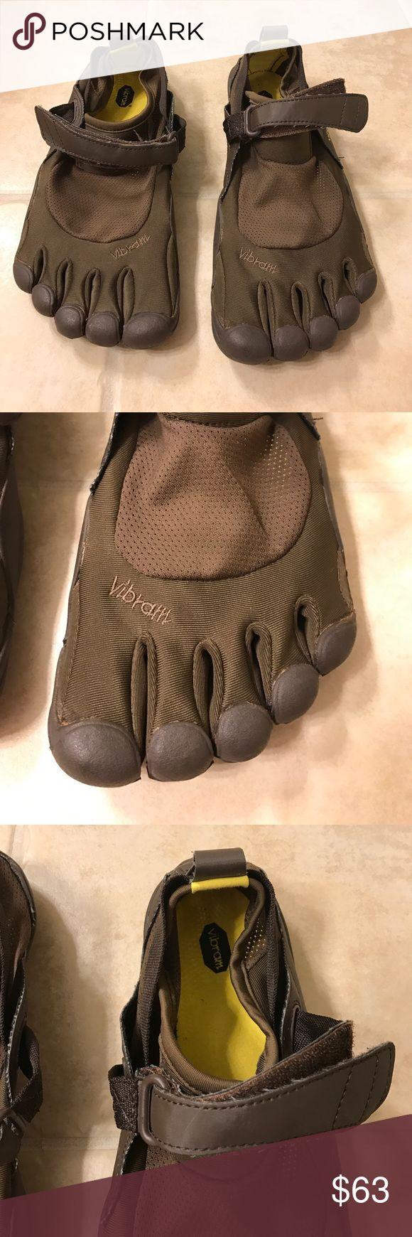 Vibram five finger running shoes size 43 (9.5/10) Vibram five finger running shoes size 43 (9.5/10) Vibram Shoes