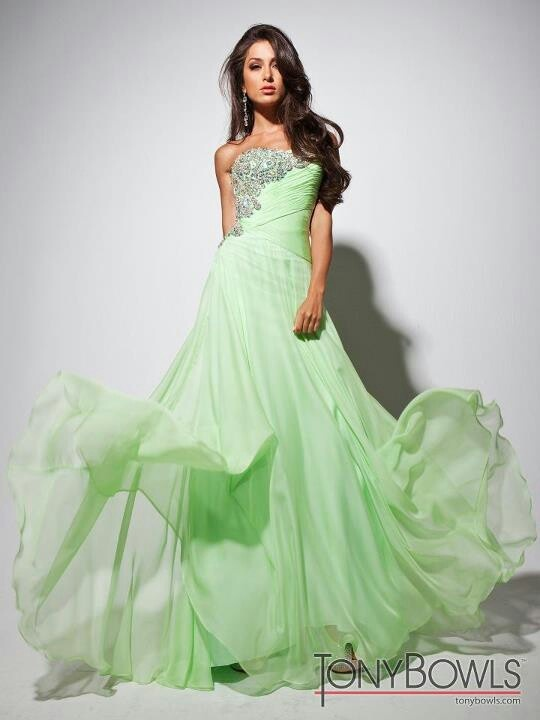Light Green Gown Gowns In 2018 Pinterest Prom Dresses And