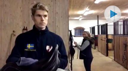 Johanna Lassnack, tjejen bakom Ryttarinspiration, har återigen lyckats skapa ett videoklippsom har gjort succé i sociala medier. Denna gång har hon tagit hjälp av fälttävlansryttaren Pontus Hugosson – och visst är det på egen risk man säger sanningen till en hästtjej?