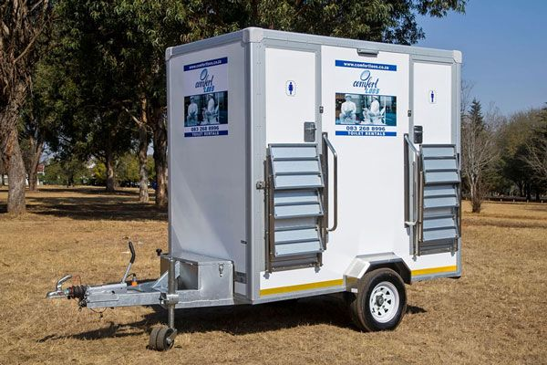 luxury VIP trailer toilet hire