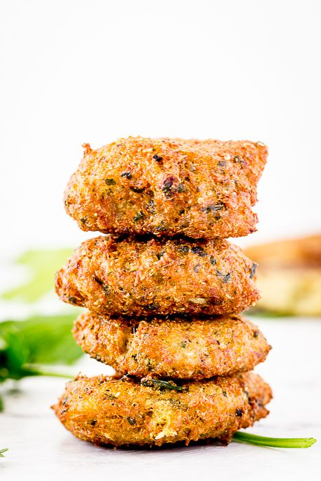 Clean, healthy eating meets comfort food in these delicious quinoa-based falafel